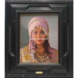 Cabeza de mujer oriental