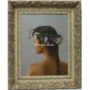 Zambrana: Mujer con corona de flores