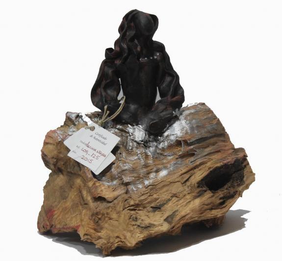 Esculturas: Menina Swarovski Negra (nº 125)
