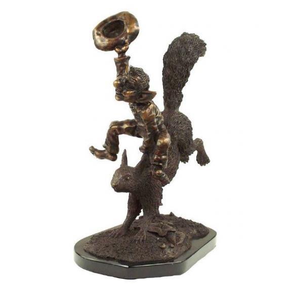 Bronces: Duende sobre ardilla - 40cm