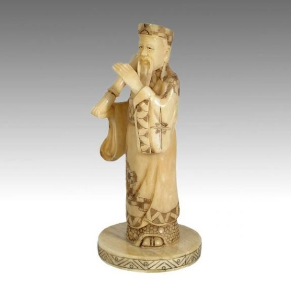 Hueso tallado: Dios con pergamino 18cm
