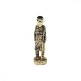 Campesino con pipa y azada 25cm
