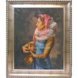 Mujer con cofre